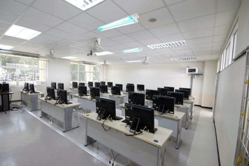 วิธียับยั้งเชื้อโรคด้วยแสง UV-C สำหรับโรงเรียนและมหาวิทยาลัย
